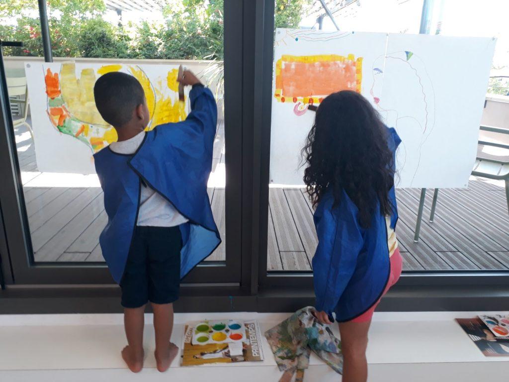 garderie miramas enfants autoportrait